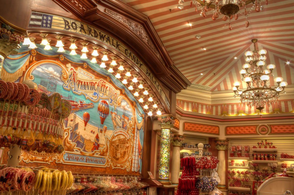 Le temple des bonbons les secrets de disneyland paris for Les secrets de paris