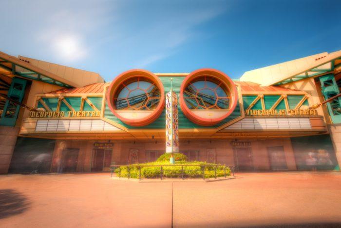 Disneyland-Park-Paris-France-Videopolis-1280x855.jpg
