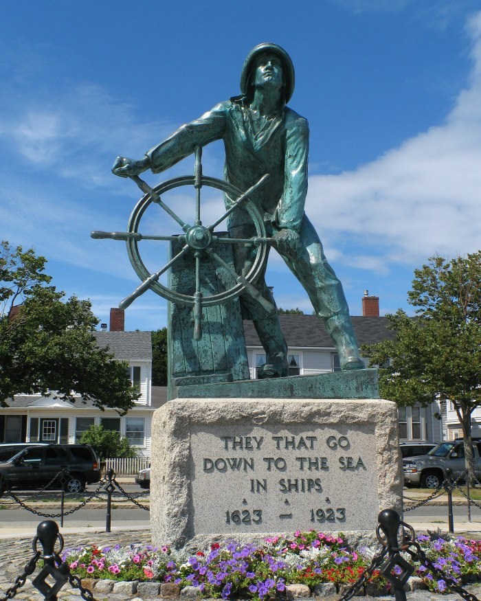 2048px-Gloucester_MA_-_Fisherman's_Memorial.jpg