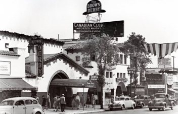 Brown-Derby-restaurant-Vine-Street-Hollywood-1949